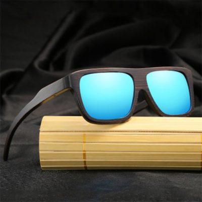 Okulary bambusowe z niebieskimi soczewkami