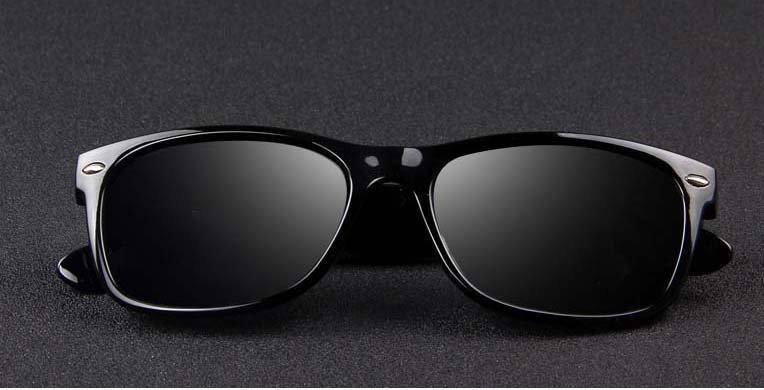 Okulary przeciwsłoneczne D02 błyszczące ciemno-zielone 9