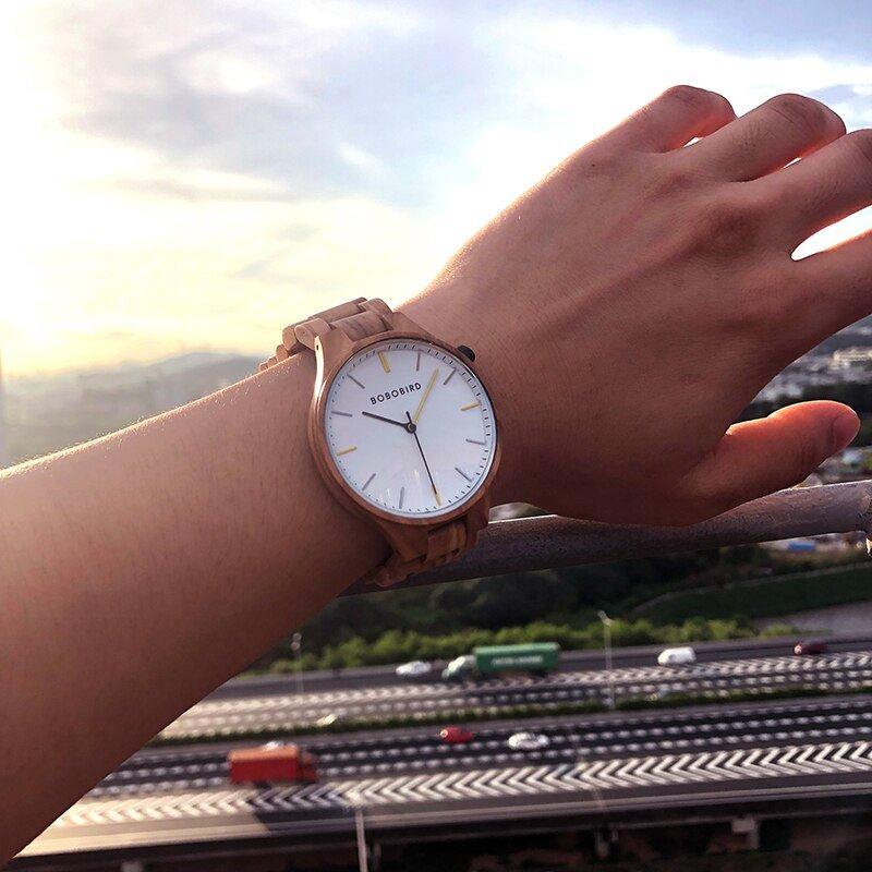 Drewniany zegarek Bobo Bird Slim S27-3 na ręce