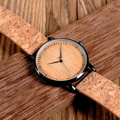 zegarek z korkowym paskiem